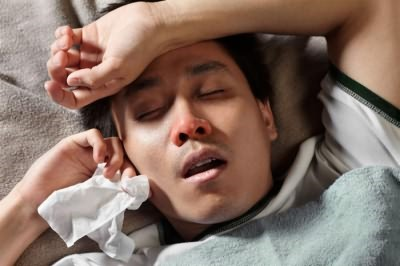 Симптомы человеческого и птичьего гриппа похожи