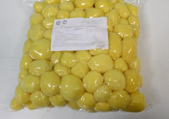 Вымытый и упакованный картофель сорта Гала