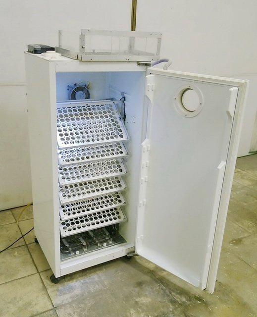 Использование старого холодильника под инкубатор